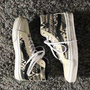 VANS Hightop Sneakers